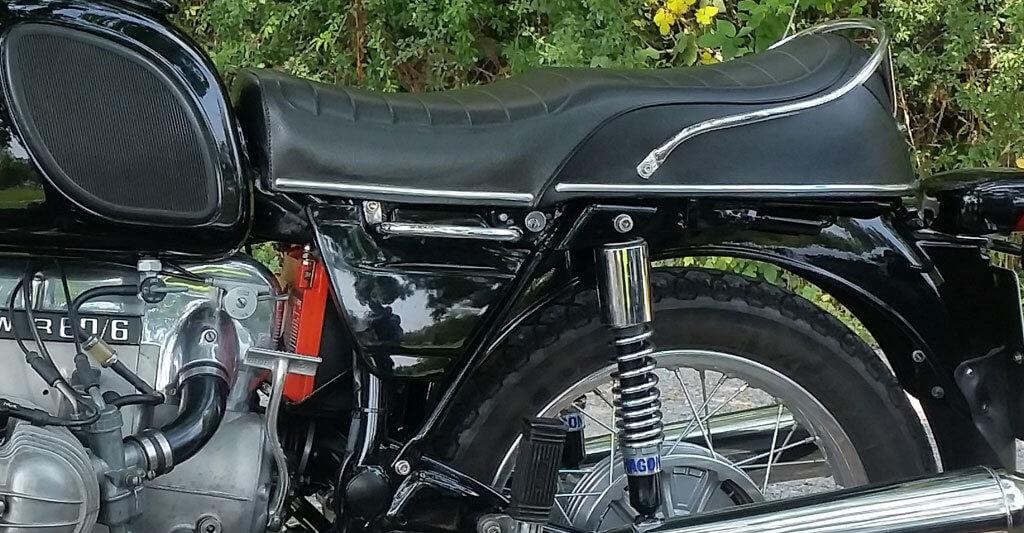 Bevor du das Motorrad kaust, mache eine gründliche Probefahrt und prüfe, ob du mit der Sitzhöhe zurechtkommst.