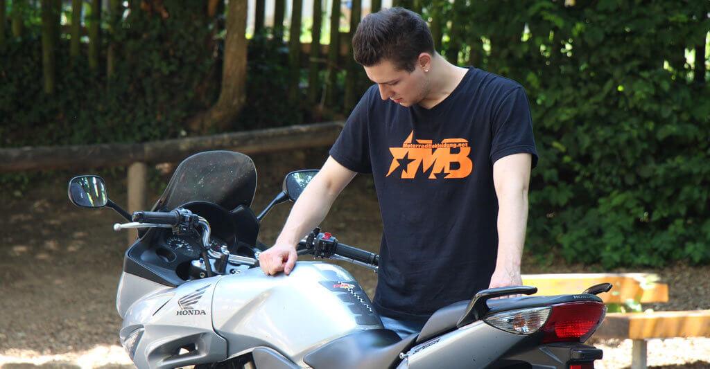 Gebrauchte Motorräder kann man überall finden. Gute Angebote findest du schon in deiner Nähe.