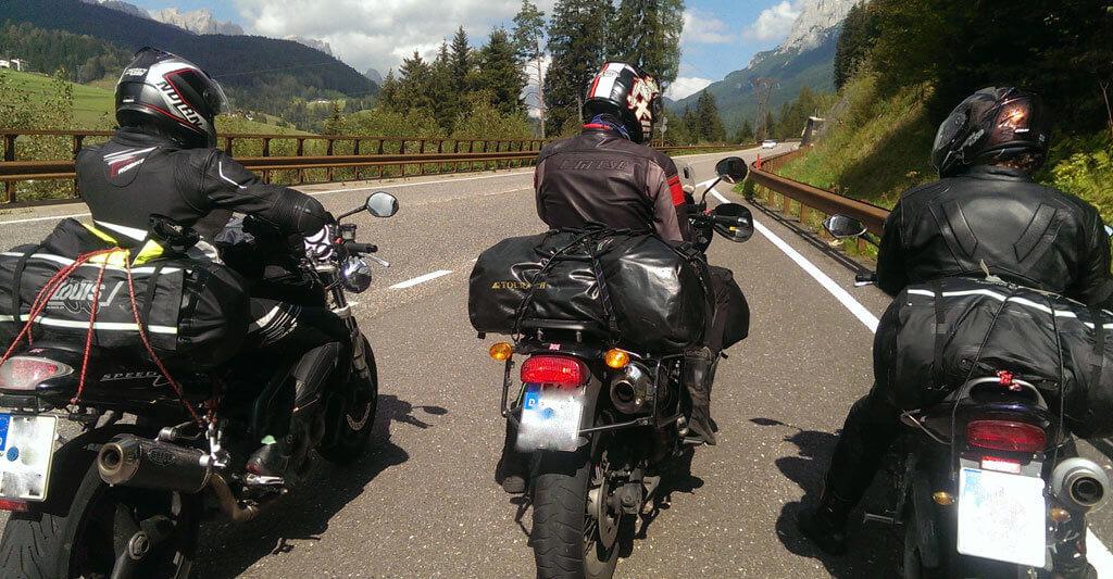 Eine Horrorvorstellung für jeden Biker ist, seinen Motorradschlüssel zu verlieren. Auch hier kann durch die passende Motorradversicherung Abhilfe geschaffen werden.