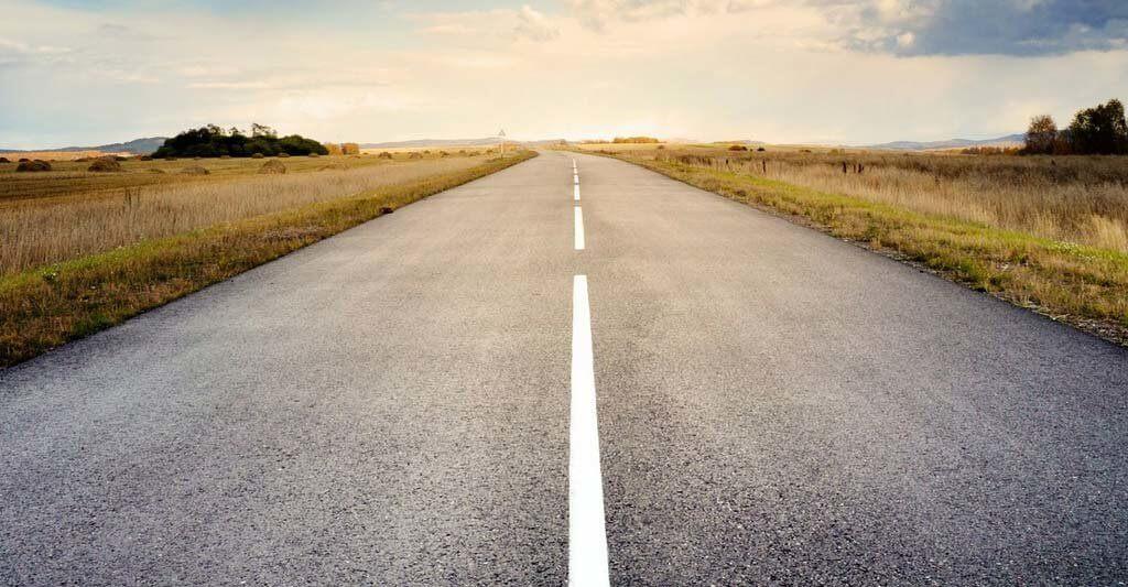 Erkunde mit deinem Motorradführerschein die Straßen und die Welt.