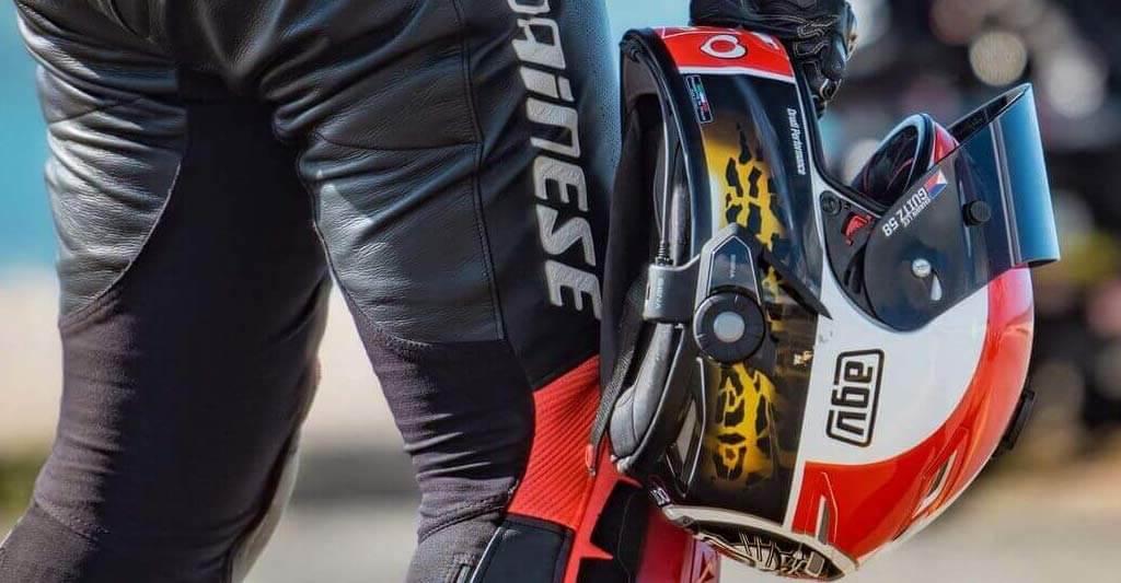 Der Hersteller SENA stellt sehr hochwertige und erstklassige Motorrad Headset her.