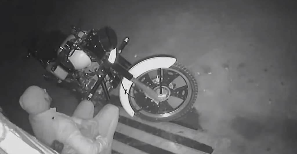 Ein Dieb ist niemals lieb, schon gar nicht zu dir und deinem Motorrad.