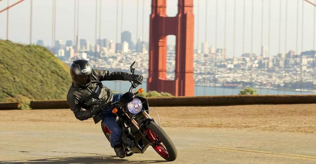 Generell gilt nie an der Sicherheit auf dem Motorrad zu sparen. Denn wer hier spart, spart definitiv, an der falschen stelle.
