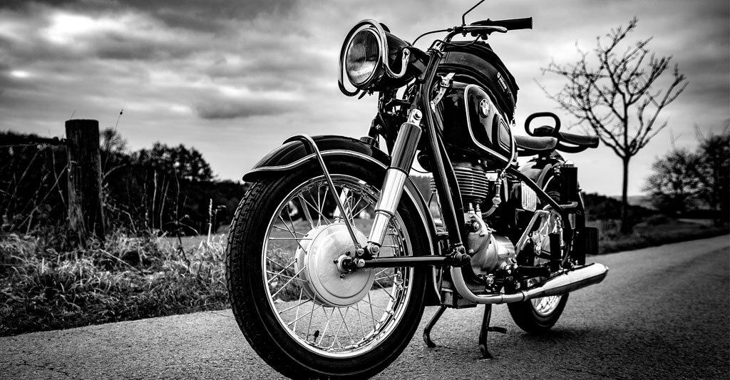 Entscheide dich für den richtigen Kraftstoff bei deiner Maschine sonst wird deinem Motorrad schlecht.
